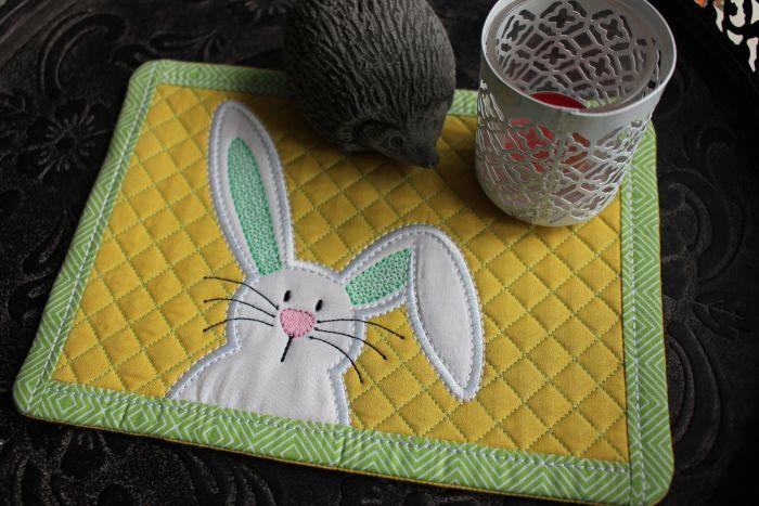 Mug Rug Quilted Bunny 2