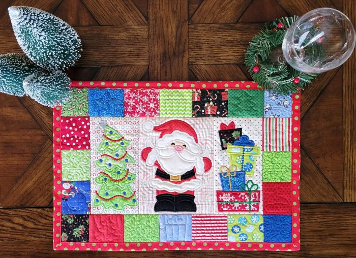 ITH Christmas Placemat 2 Digital Machine Embroidery Designs by JuJu