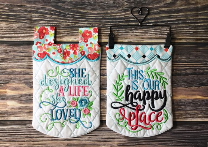 In The Hoop Miniature Wall and Desk Décor Set 4