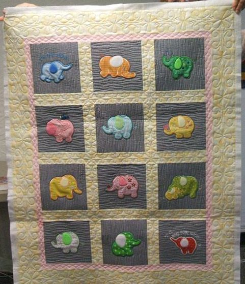 Customer Project By Pauline Granstrom / Roly Poly Elephants Quilts