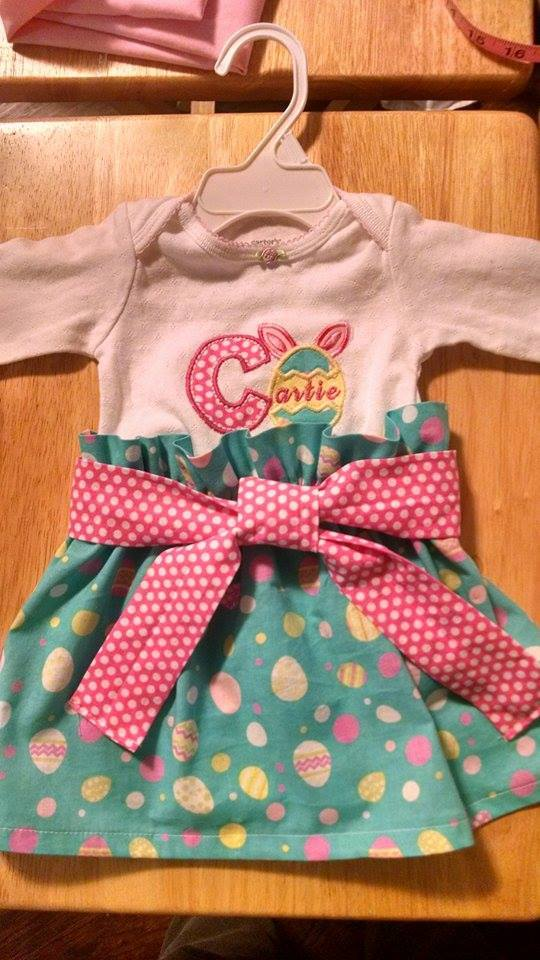 easter-egg-name-outfit