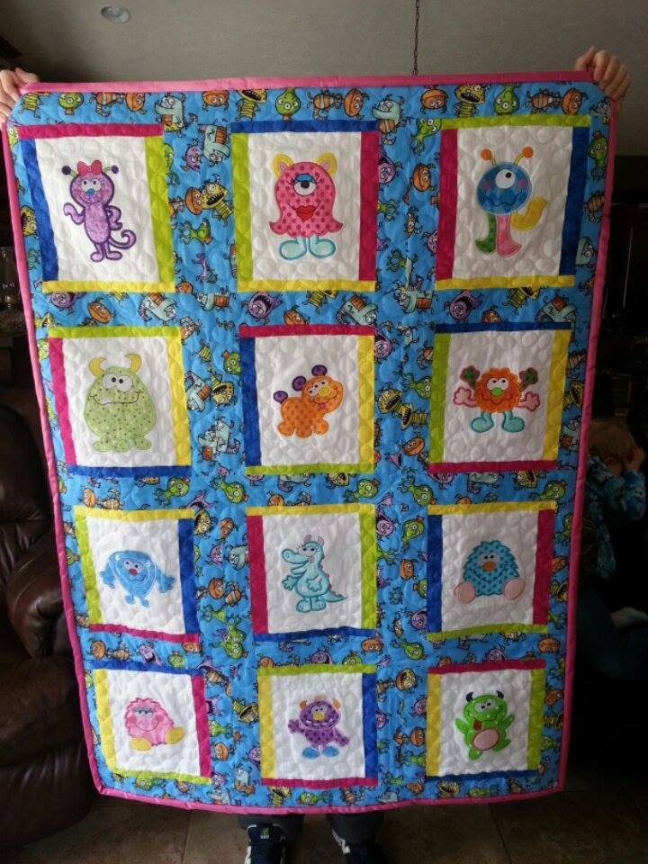 maria-smith-furry-monsters-quilt